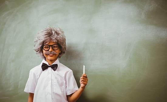 В помощь смоленскимродителям: как организовать обучение школьникаиз домана времяканикул