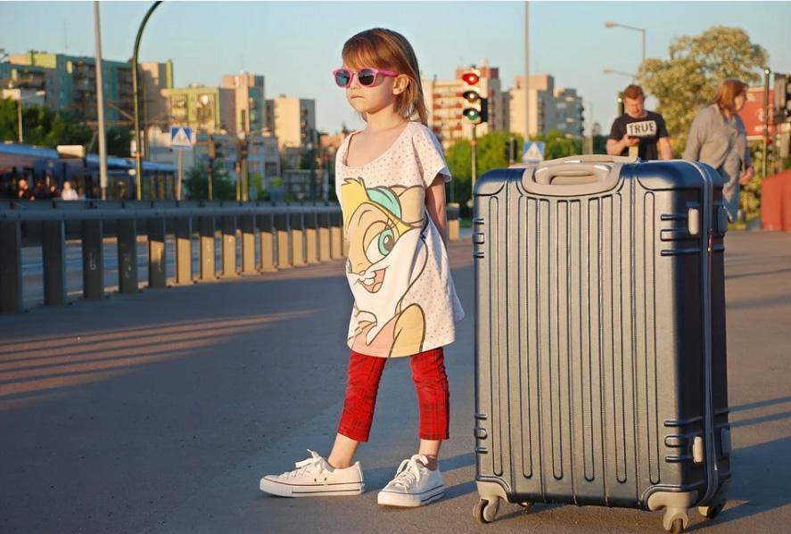 дети путешествие